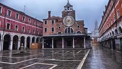 Chiesa di San Giacomo di Rialto (Luna y Valencia) Tags: venezia chiesa rialto ponte sangiacomo