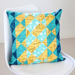 AvantGardeCushion (Bonjour Quilts) Tags: avantgarde artgalleryfabrics katarinaroccella patchwork cushion sewing teal gold
