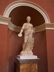 PA312164 (simonrwilkinson) Tags: stourhead stourton warminster wiltshire nationaltrust nt pantheon classical sculpture