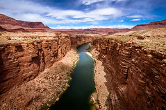 Le Colorado (.remfer06) Tags: 12mm samyang usa colorado river desert ciel sky colours sony nex 3n water