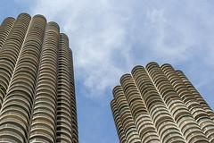 Marina Towers (mikerastiello) Tags: sky chicago skyscraper illinois chicagoriver marinacity chicagoillinois chicagoil