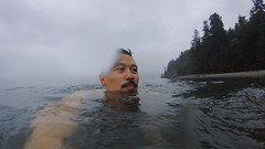 Photo 2015-08-29, 12 38 28 PM (Chairman Ting) Tags: vancouver pacificocean screencaptures swimmingintheocean vancouverlife gopro vancouverisawesome carsonting august282015730am geoffreyvreeken waterproofgopro swimminginthepacificoceanbeforeheadingintowork
