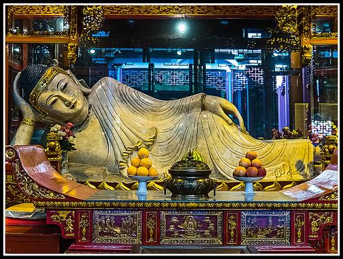 Buda de Jade recostado