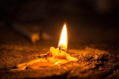 Da de muertos II (Valo Alvarez) Tags: dia de muertos mexico tradicin mexican vela candel candels light luz vida muerte death life tradition costumbres mexicana canon night lights bokeh