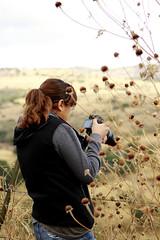 Negra toma foto (Checker Morgendorffer) Tags: chihuahua mexico desert wild menonitas amish cuauhtemoc manzanas carretera crossroads flowers flores invierno winter north photography class