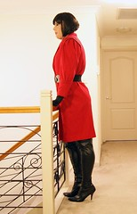 Relived (3) (Furre Ausse) Tags: winter red black leather belt long boots coat over trench gloves