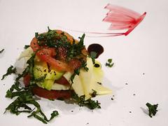 No. 965 - 19 de diciembre/15 (s_manrique) Tags: queso mariposa plato tomate ensalada aguacate caprese albahaca