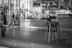 Kaffee (Jrg Dornblut) Tags: 2016 autostadt volkswagen kaffee street streetphotography bw