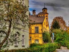 Hof (GerWi) Tags: hof altstadt outdoor huser houses landscape himmel sky gebude architektur heiter