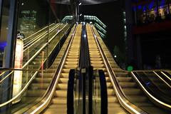 Beleuchtete Rolltreppe im Sony Center (Pascal Volk) Tags: berlin berlinmitte beleuchtet illuminated lichtfest lichtkunst farben mehrfarbig bunt color colorful nacht night licht light potsdamerplatz escalator canoneos6d sigma24mmf14dghsm|art 24mm