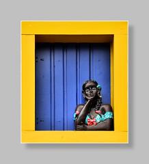 "Namoradeiras, les ""causeuses"" (Docaron) Tags: brésil brazil paraty parati coquette causeuse namoradeira fenêtre décoration artisanat buste statue dominiquecaron"