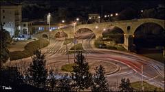 - PONT VELL DE MANRESA - (Tomas Mauri) Tags: manresa pontvell puenteviejo riocardoner nocturna plaza catalua espaa elbages redondayluces theoldbridge redonda round largaexpocicin longexposition