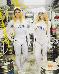 Pure Blonde Bodypainting (humanstatuebodyart) Tags: bodypainting pure blonde coogee bay hotel