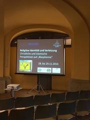 9 (forumdialog) Tags: religion verletzlichkeit islam christentum blasphemie