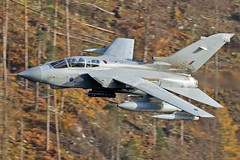 RAF Tornado GR4, Thirlmere, 15/11/2016 (TheSpur8) Tags: tornado gr4 lowlevel aircraft date uk landlocked lakedistrict jet military skarbinski roughcrag 2016 anationality places transport