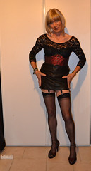 DSC_0067 (magda-liebe) Tags: french highheels crossdresser mini skirt fullyfashionnedstockings travesti cuir leather outgoing clubbing