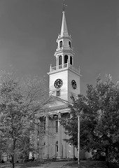 First Congregational Church of Christ-Milford CT (P4ul63312) Tags: landscape milfordct congregationalchurch autumn architecture connecticut columns classicalstyle mapletree rural clocktower steeple buildingfacade skyline towncenter historical localinterest