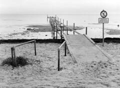 Niv Strand - Udspring forbudt (holtelars) Tags: pentax 645 pentax645 645n 6x45 smcpentaxfa f28 120film 120 film foma fomapan fomapan100 fomapan100classic 100iso mediumformat analog analogue blackandwhite classicblackwhite bw monochrome filmforever ishootfilm filmphotography xtol jobo autolab atl1500 homeprocessing larsholte beach seascape denmark danmark niv nivstrand 75mm