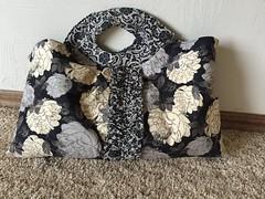 Miss Maven Ruffled Handbag (indigoquilter) Tags: miss handbag amybutler maven handmadebag stylestitches missmaven missmavenruffledhandbag