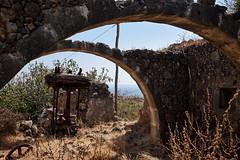 Ancient oil press, Patsians, Crete (f/.M) Tags: wall arch ruin kreta ruine crete oil fujifilm griechenland deteriorated mauer bogen   lpresse x100t