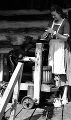 2015 1860s Festival (Adventurer Dustin Holmes) Tags: park people woman girl festival events festivals parks event springfieldmissouri greenecounty springfieldmo 2015 applepress nathanaelgreenepark closememorialpark graycampbellfarmstead makingapplecider graycampbellfarm 1860slifestylesfestival 1860slifestylefestival 1860sfestival