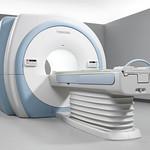 超電導式磁気共鳴画像診断装置の写真