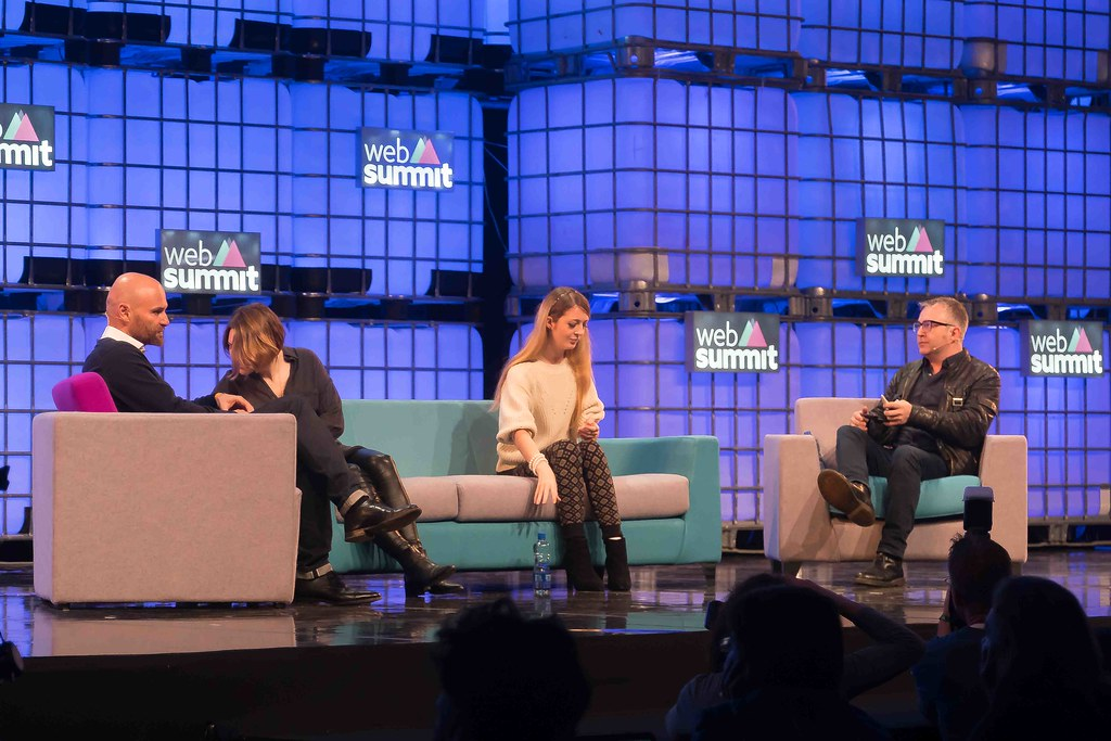 THE WEB SUMMIT DAY TWO [ IMAGES AT RANDOM ]-109853