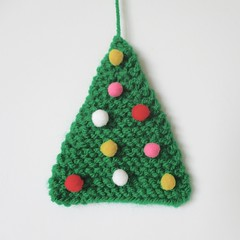 Easy Christmas Tree (Knitting patterns by Amanda Berry) Tags: christmas xmas trees amanda tree green festive berry triangle knitting holidays pattern decoration free card greetings easy simple quick topper beginner bunting ravelry