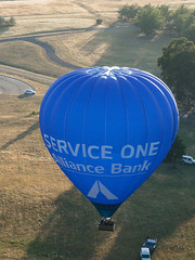 CBR-Ballooning-110216.jpg (mezuni) Tags: aviation australia hobby transportation hotairballoon canberra hobbies activity ballooning act activities passtime oceania australiancapitalterritory balloonaloftcbr