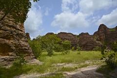 Domes de Fabedougou; Banfora, Burkina Faso (Antonio Cinotti ) Tags: domesdefabedougou banfora domes fabedougou rocks cliffs burkina burkinafaso nikon nikond7100 nikon1685 africa bobodioulasso nature oasis