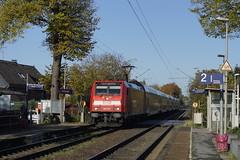 DB Regio 146 277 als RE 5 onderweg van Emmerich naar Koblenz Hbf bij aankomst in station Wesel Feldmark 29-10-2016 (marcelwijers) Tags: db regio 146 277 als re 5 onderweg van emmerich naar koblenz hbf bij aankomst station wesel feldmark 29102016 91 80 6146 2779 ddb deutsche bahn bombardier 35087 205 traxx p160 ac2 boboel deutschland pnv duitsland germany regional express railways railway eisenbahn spoorwegen regionaal trein stoptrein nahverkehr 1435 mm lokomotive lokomotief locomotief electrische elektrische electrical