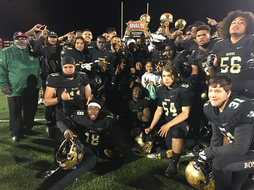 "Narbonne vs San Pedro • <a style=""font-size:0.8em;"" href=""http://www.flickr.com/photos/134567481@N04/30190365974/"" target=""_blank"">View on Flickr</a>"