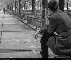 Smoking woman, Bucharest, Romania (Lars-Rollberg.com) Tags: bucharest romania park girl bw sw blackandwhite street smoking smokingwoman
