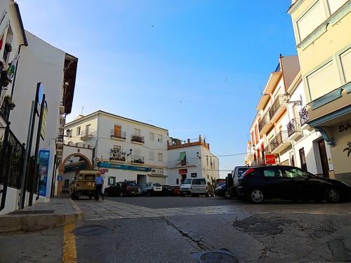 <Plaza Constitución> Alozaina (Málaga)