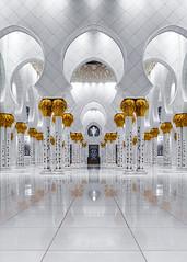 Sheikh Zayed Grand Mosque (Valter Patrial) Tags: mosque mesquita abudhabi marmore architecture emiradosrabesunidos