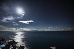 weather forecast - mostly sunny, partly cloudy ...? (zenofar) Tags: nikon d810 tamron nacht night moon mond wolken clouds horizont horizon madeira portugal insel isle blue blau sterne stars himmel sky ozean ocean see sea