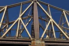 Queensborough Bridge 3 (Roosevelt Island/NYC) (chedpics) Tags: newyork rooseveltisland 59thstreet queensborough bridge