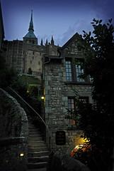 Dambulation  la tombe de la nuit... (.Sophie C.) Tags: montsaintmichel normandie 50 manche crpuscule twilight soir inexplore