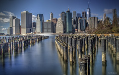 Low tide (veytrex8345) Tags: water pier city outdoor architecture skyscrapers manhattan nyc newyork brooklyn skyline waterfront river landscape pentax pentaxuser pentaxlife