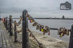 Padlocks on the railings @ Liverpool Waterfront (tom.beale87) Tags: liverpool grey sky padlocks love