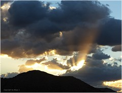 Abendstimmung * Evening mood * Ambiente por la noche *   . P1320866-001 (maya.walti HK) Tags: 2016 281116 balearen cielo clouds copyrightbymayawaltihk españa flickr heaven himmel mallorca nubes panasoniclumixfz200 spain spanien wolken