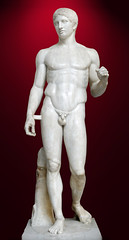 Marble, roman copy of Doriphorus // bronze, greek  original from V century BC by Polyclitus (mike catalonian) Tags: fulllength male sculpture ancientgreece vcenturybc polyclitus doriphorus