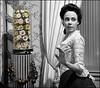(2417) Indumentària Civil al Palau del Marquès de Dosaigües (SPLASH) (QuimG) Tags: portrait retrat retrato vintage bn retoc retoque retouch splash olympus quimg quimgranell joaquimgranell afcastelló specialtouch obresdart