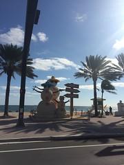 IMG_5788 (bestmilan) Tags: bestmilan photo fortlauderdale florida december 2016 beach snowmen snowman