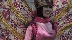 IMG_6073 (kayreal) Tags: girls woman girl beauty festival indonesia women traditionalart indah asiangirl wanita 2015 cantik blora agustusan gadis cewek indonesiangirl demosntrasi pertunjukan barongan beautufiul senitradisional khairiladi festivalbarongan sma1blora smktunjungan