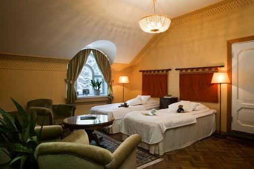 Hotelli Hirvihaaran Kartanon huone