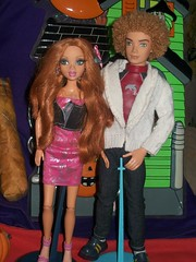MY SCENE- KENZIE AND BRYANT (My scene DollsLand Party) Tags: party house halloween monster frozen high doll barbie scene after bryant ever kenzie bratz bratzillaz