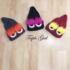 470฿#ส่งฟรีลงทะเบียนส่งemsเพิ่ม20บาทจ้า #สั่งซื้อไลน์ไอดีnoongninggeegyหรือคลิ้กลิ้งหน้าไอจีเลยจ้า Triplegirl 'หมวกไหมพรม Fendi  ขนเฟอแน่นมาก ใส่สวยๆ  อินเทรนเลยค้า   น่ารักขนาดนี้ห้ามพลาดเลยน้า Size :   one size  Color :     3 สี ดำ แดง เทา