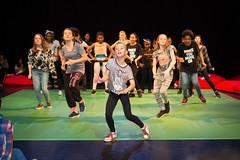 J57B4501 (SKVR) Tags: get up dance dans voorstelling presentatie jongeren skvr dansers evenement hennekijnstraat hesterblankestijn