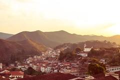 Ouro Preto (Francine de Mattos) Tags: portrait canon cores photography 50mm arte retrato contraste santacatarina luznatural francinedemattos fotografeumaideia amoremformadefoto